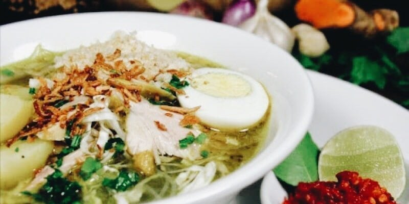 Soto totally delicious indonesian chicken soup bali food safari soto ayam chicken soup recipe forumfinder Image collections