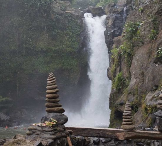 Bali_best_waterfall_Teganungan_Waterfall