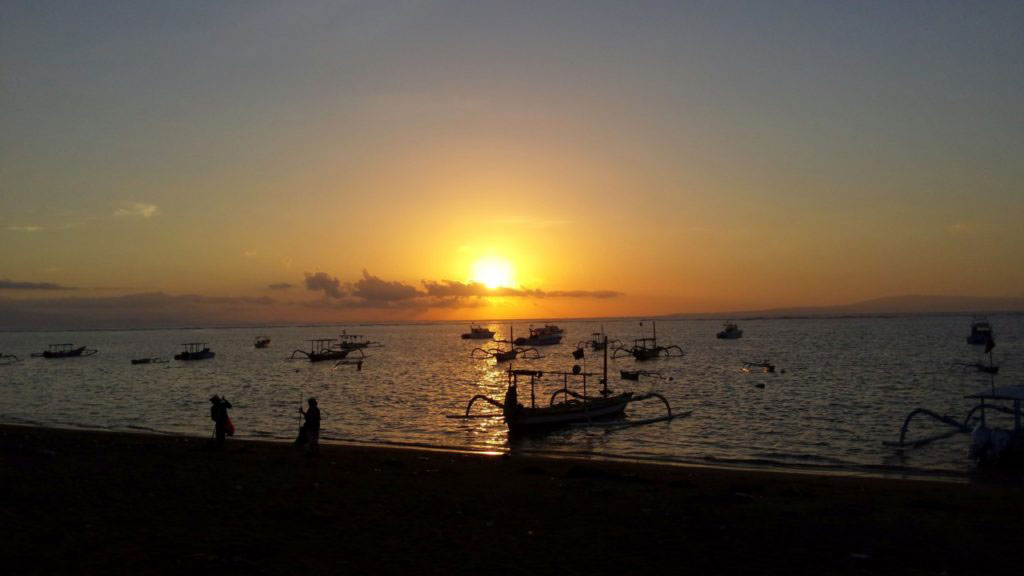 Sanur_Beach_Sunrise